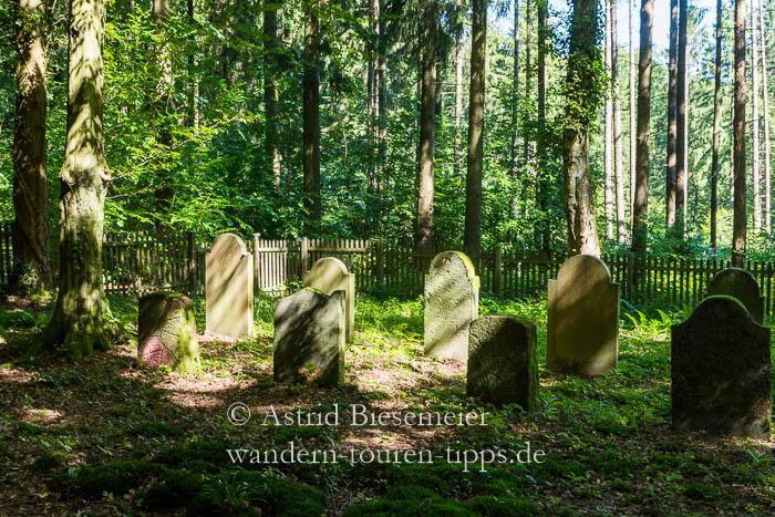 Kleiner jüdischer Friedhof im Taunus