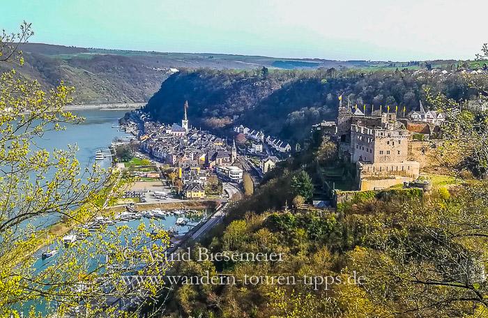 Blick vom Rheinburgenweg: Burg Rheinfels, St. Goar