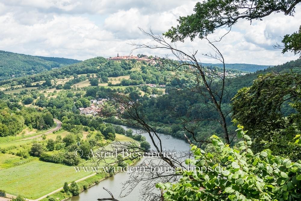 Über die mittelalterliche Burgfeste zur Vier-Burgen-Stadt